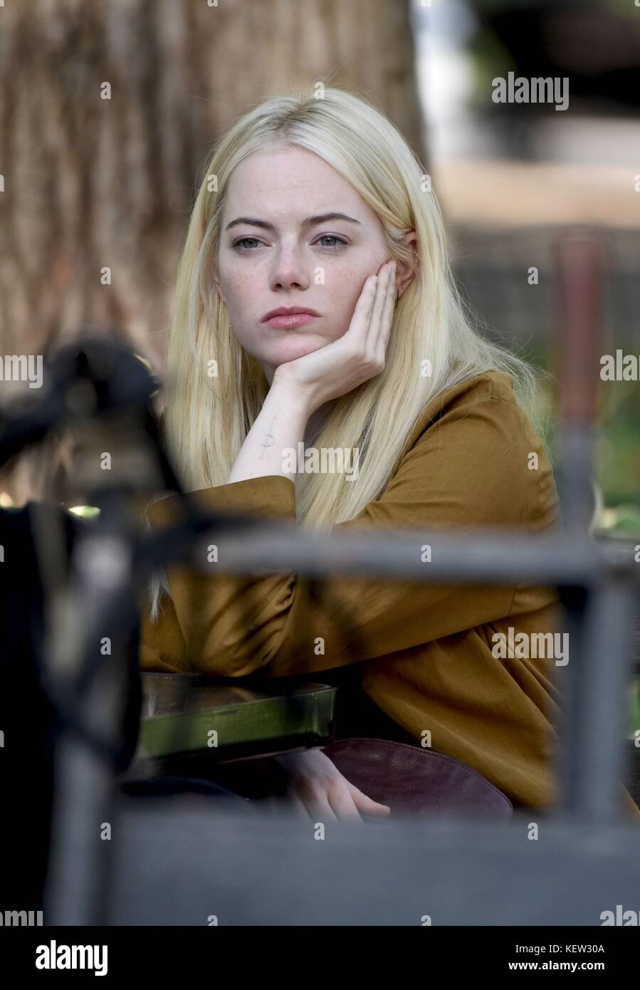 Emma Stone, On Location in Washington Square Park for the TV Series MANIAC out and about for Celebrity Candids  - Stock Image