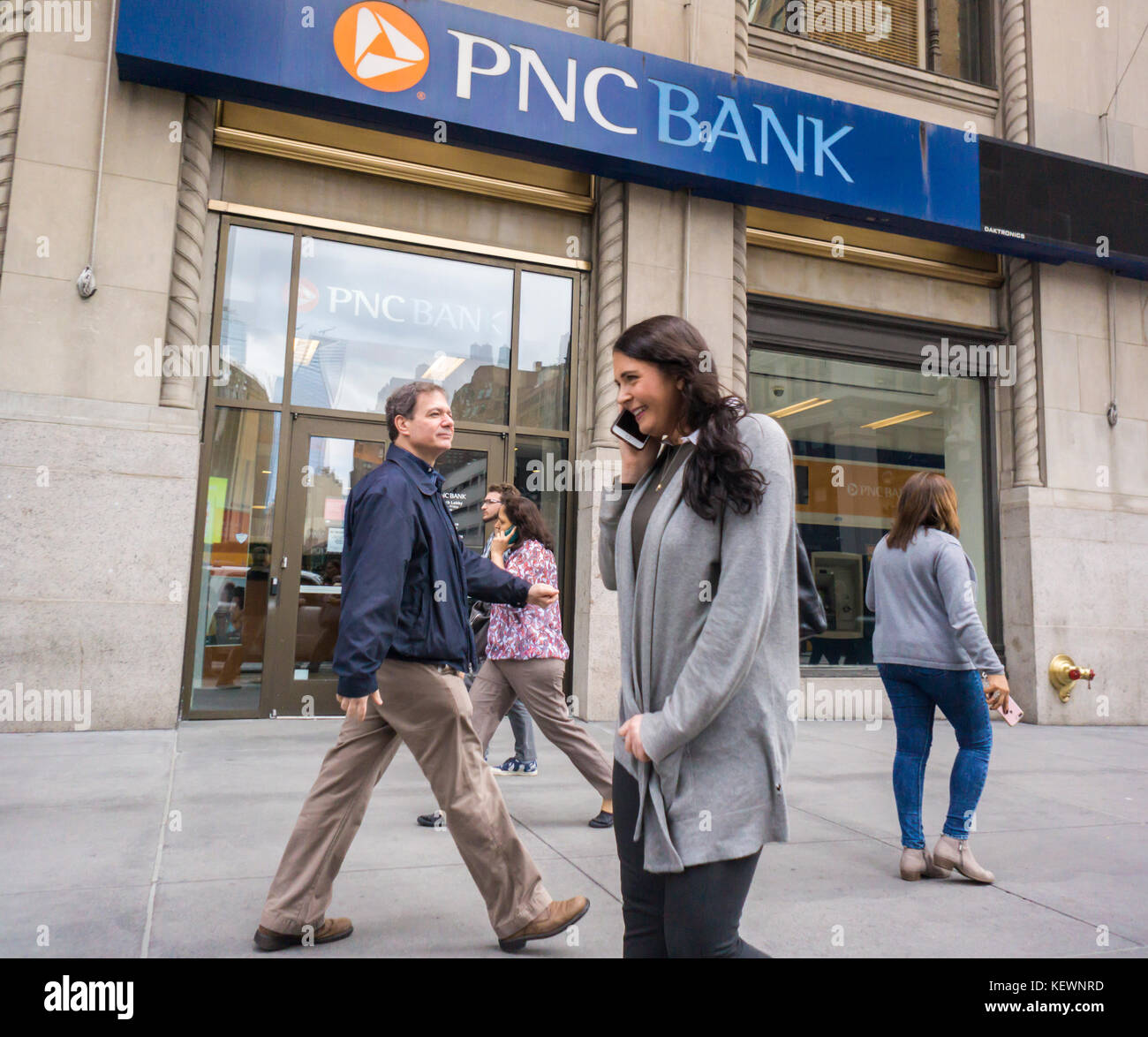 A branch of PNC Financial in New York on Friday, October 13, 2017. PNC announced third-quarter earnings that beat - Stock Image