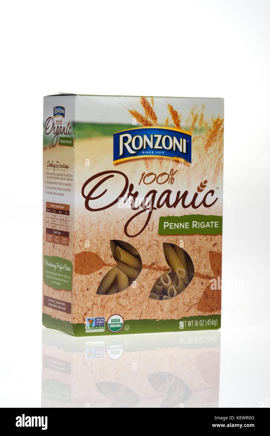 Unopened box of Ronzoni 100% Organic  Penne Rigate Semolina Wheat  pasta on white background cut out USA - Stock Image