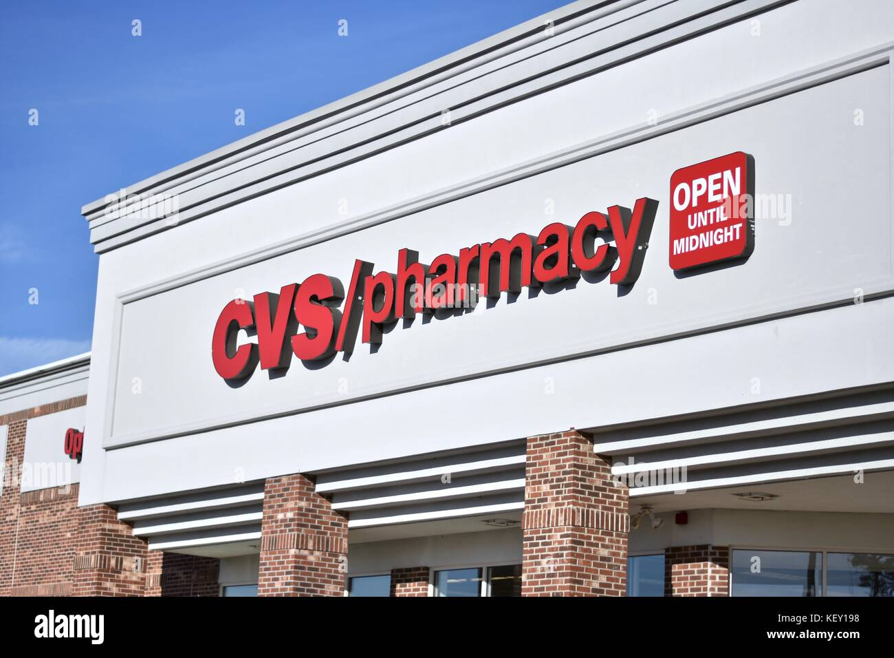Cvs Store Sign Stock Photos & Cvs Store Sign Stock Images - Alamy