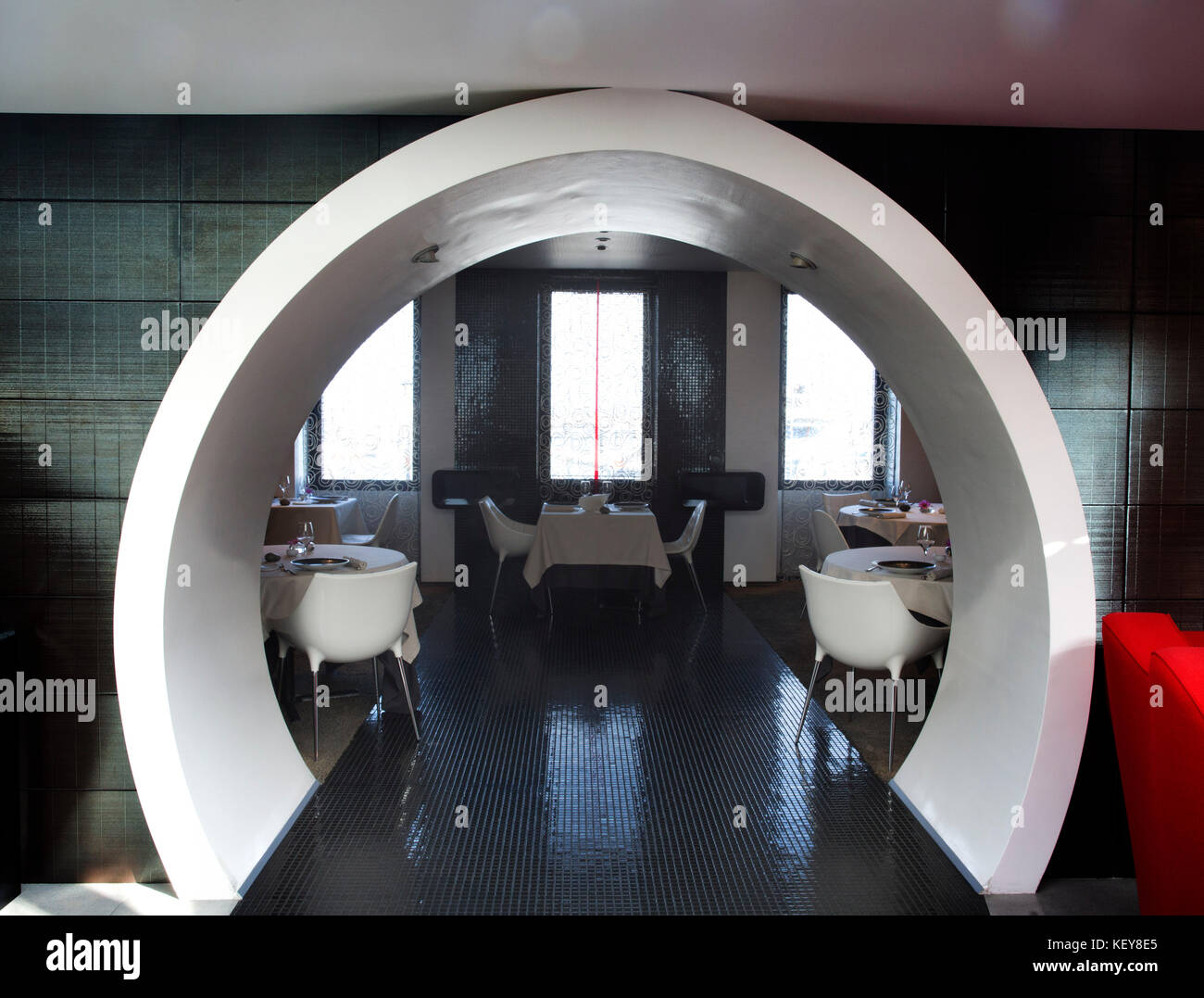restaurant la marine stock photos restaurant la marine stock images alamy. Black Bedroom Furniture Sets. Home Design Ideas