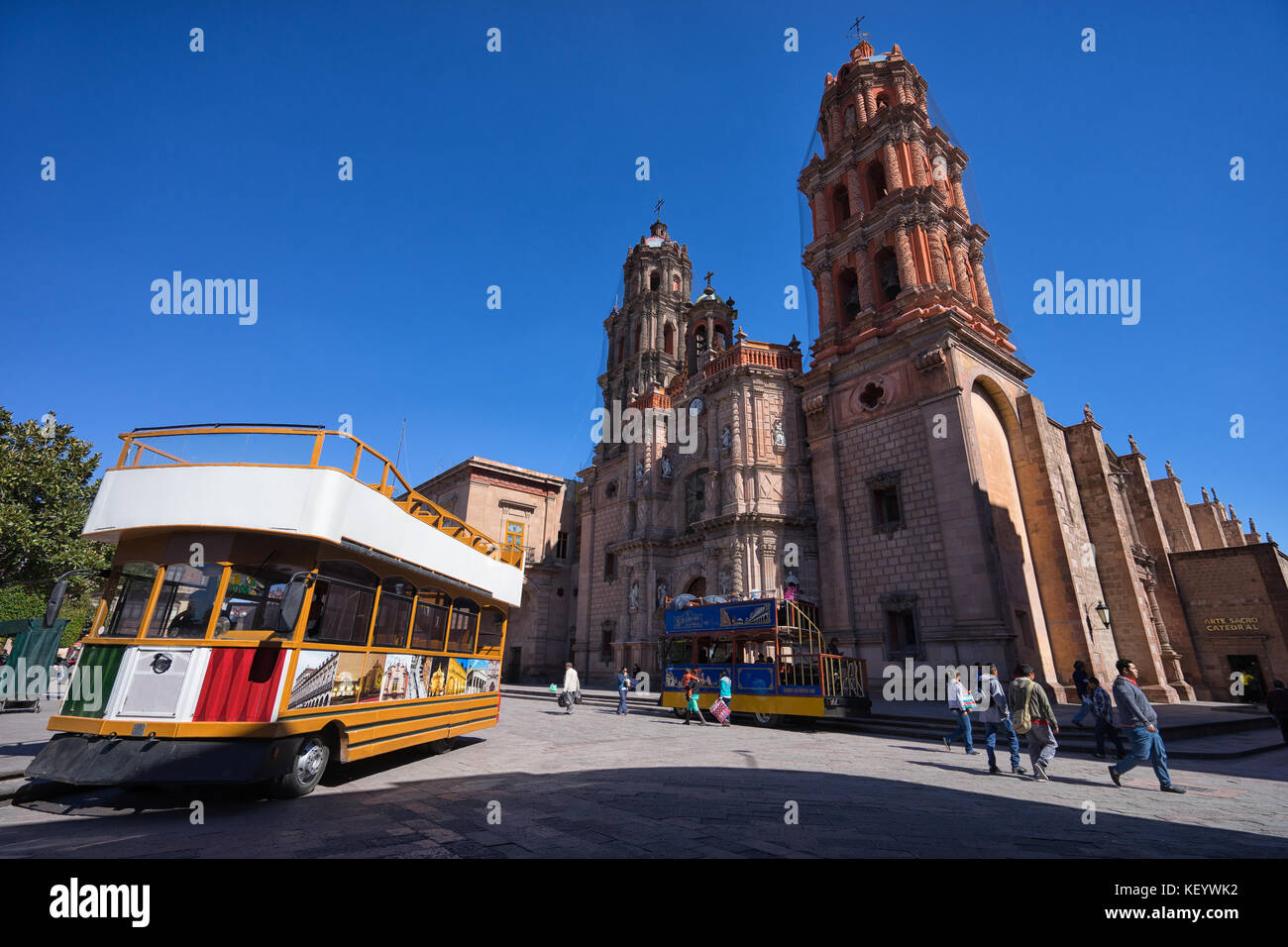 January 18, 2016 San Luis Potosi, Mexico: double deck tourist tour bus in the historic center of the colonial city - Stock Image