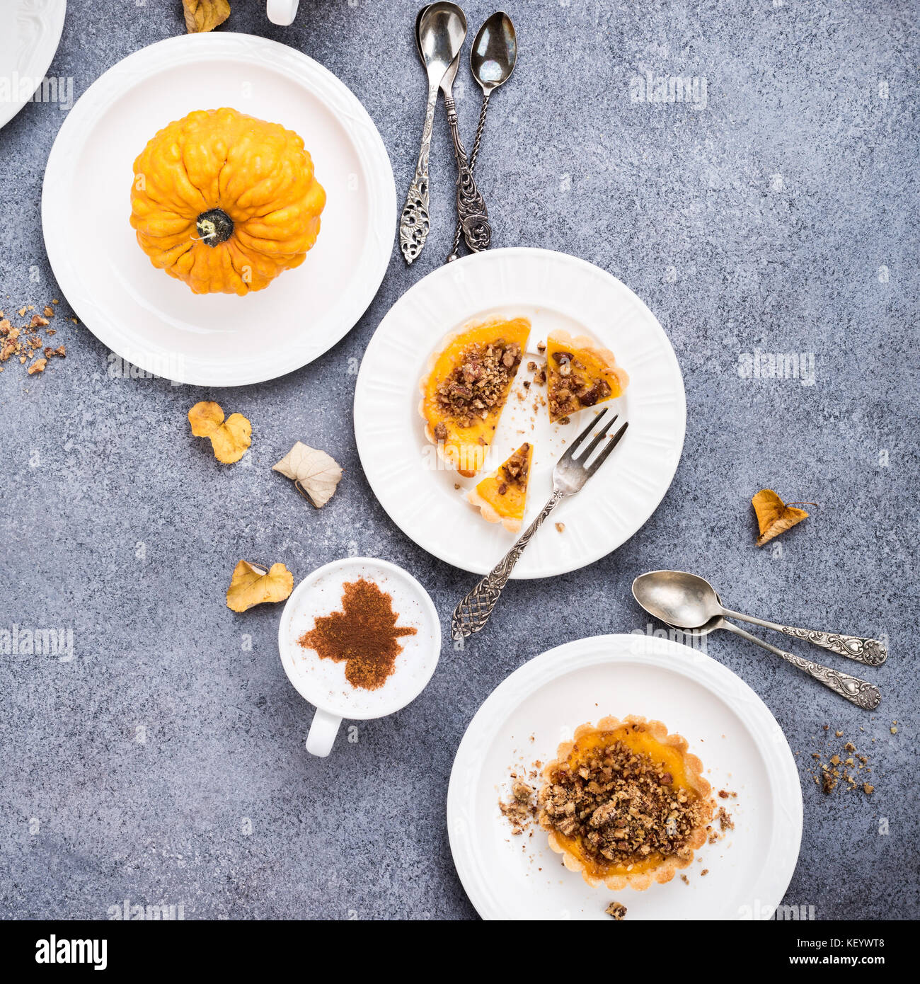 Pumpkin mini pie - Stock Image