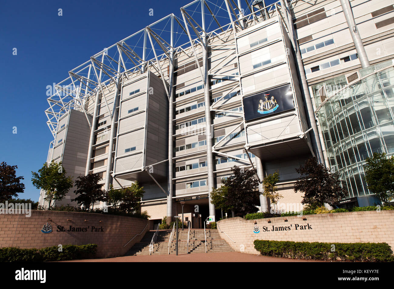 Nufc stock photos nufc stock images alamy for Newcastle home