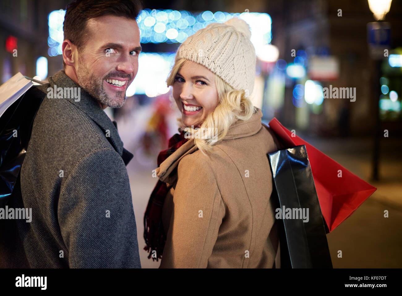 Mature couple preparing for winter season - Stock Image