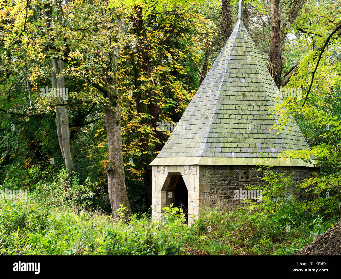 Summerhouse at Castlestead built 1860 by George Metcalfe owner of Glasshouses Mill Pateley Bridge Yorkshire England - Stock Image