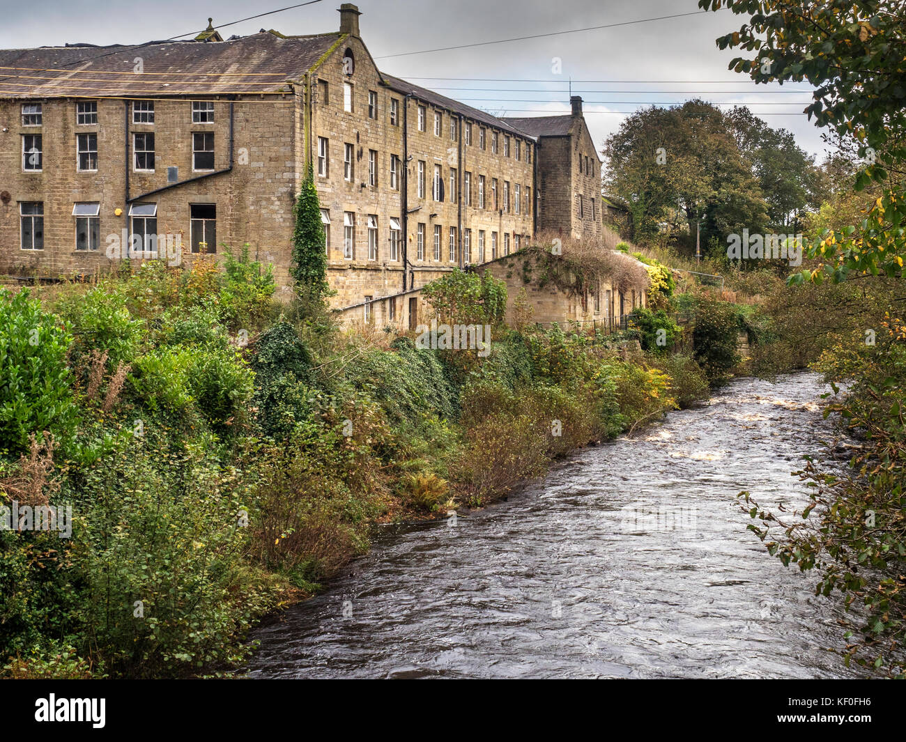 Glasshouses Mill Building Former Flax and Hemp Mill c1812 by the River Nidd Pateley Bridge Yorkshire England - Stock Image