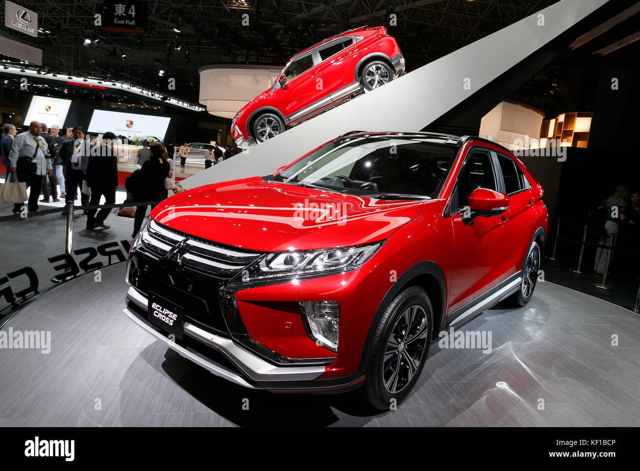 Tokyo, Japan. 25th Oct, 2017. Mitsubishi Motors ECLIPSE CROSS vehicle on display during the 45th Tokyo Motor Show 2017 in Tokyo Big Sight on October 25, ...