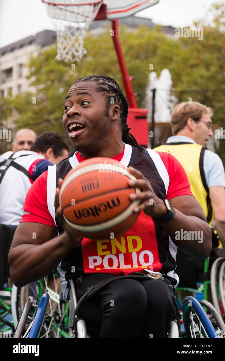 London, UK. 24th October, 2017. Paralympian and Polio Survivor, Ade Adepitan challenges MPs to a game of Wheelchair - Stock Image