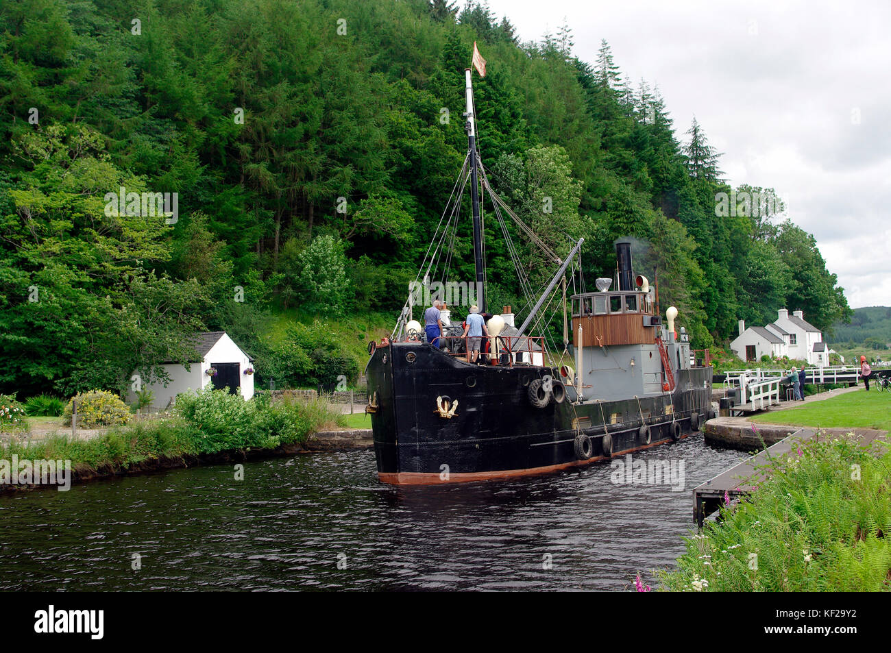 VIC 96 Steam boat on Crinan Canal - Stock Image