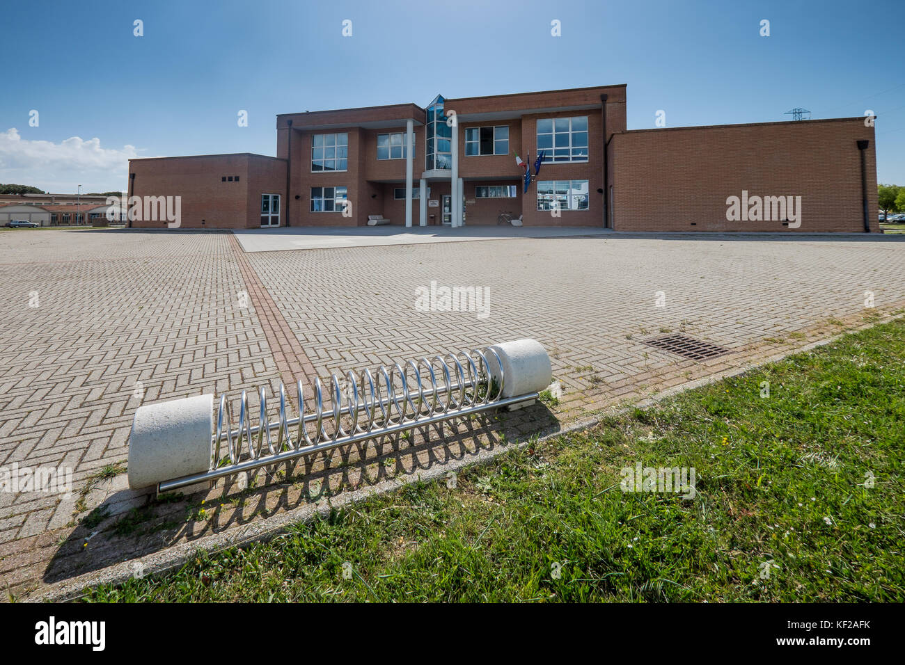 Cecina, Leghorn, Tuscany - the new headquarters of the town of Cecina, former court of the court of peace - Stock Image