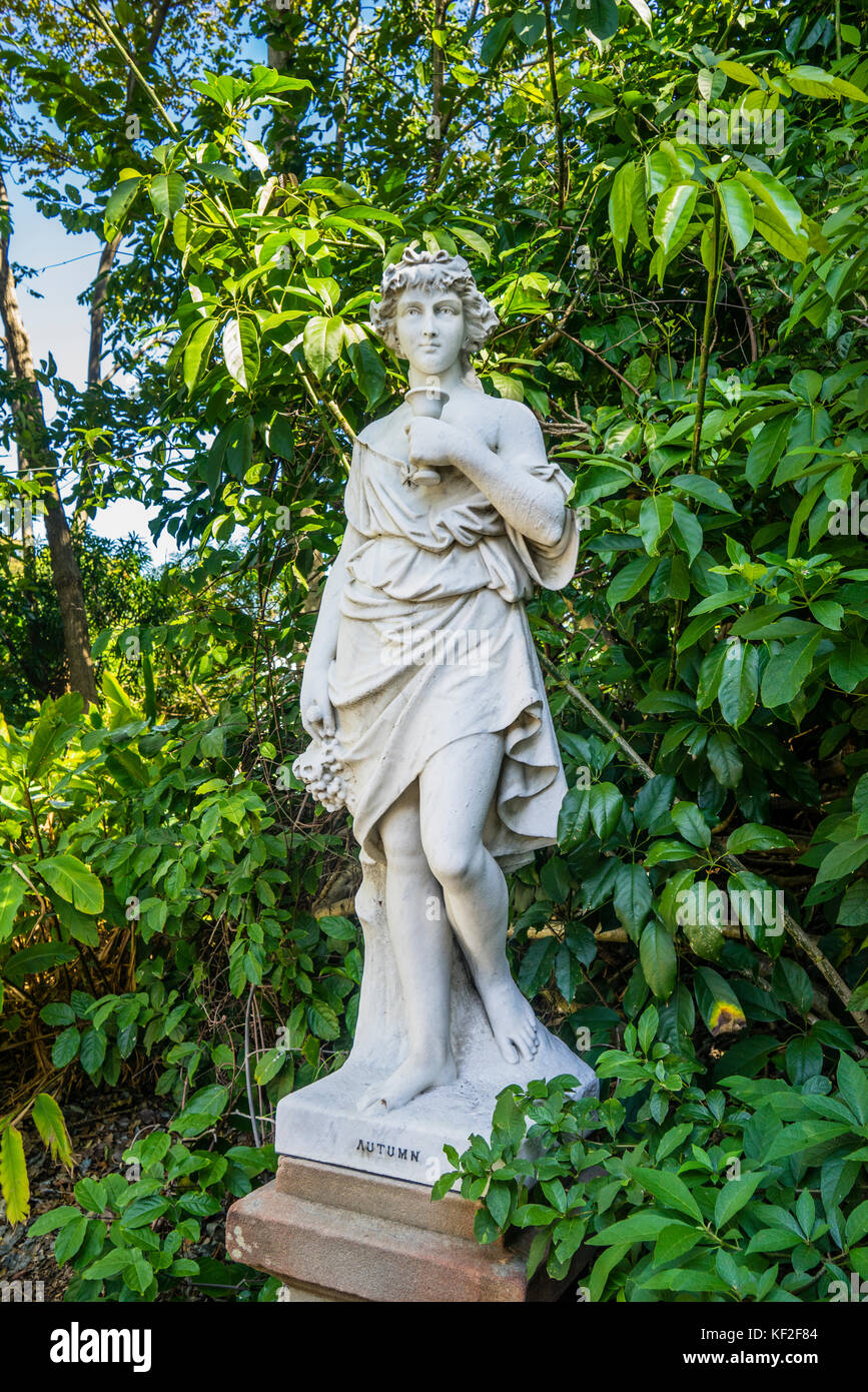 Australia, New South Wales, Sydney, Royal Botanic Garden, heritage marble statue 'Autumn' - Stock Image