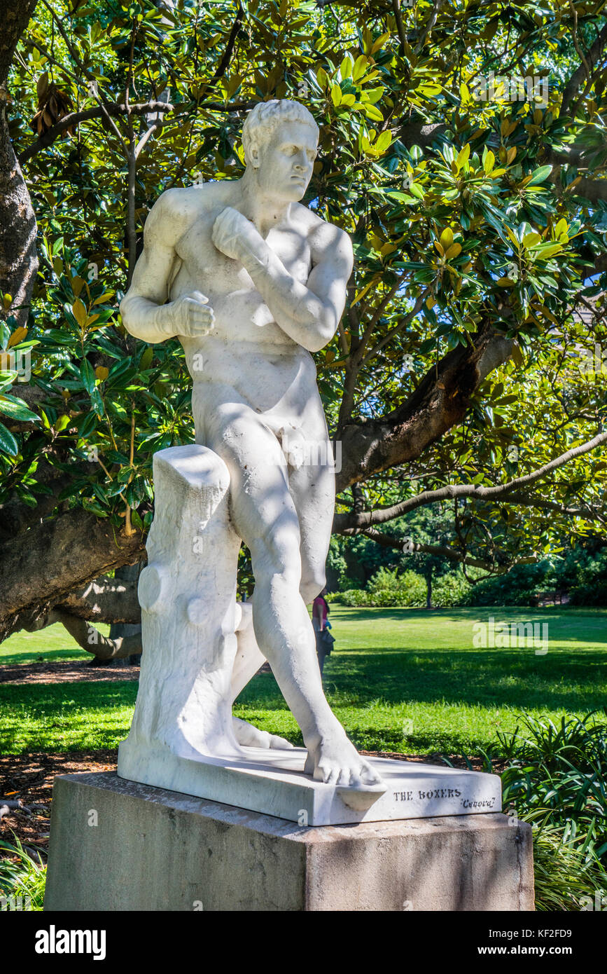 Australia, New South Wales, Sydney, Royal Botanic Garden, marble statue 'The Boxer' - Stock Image
