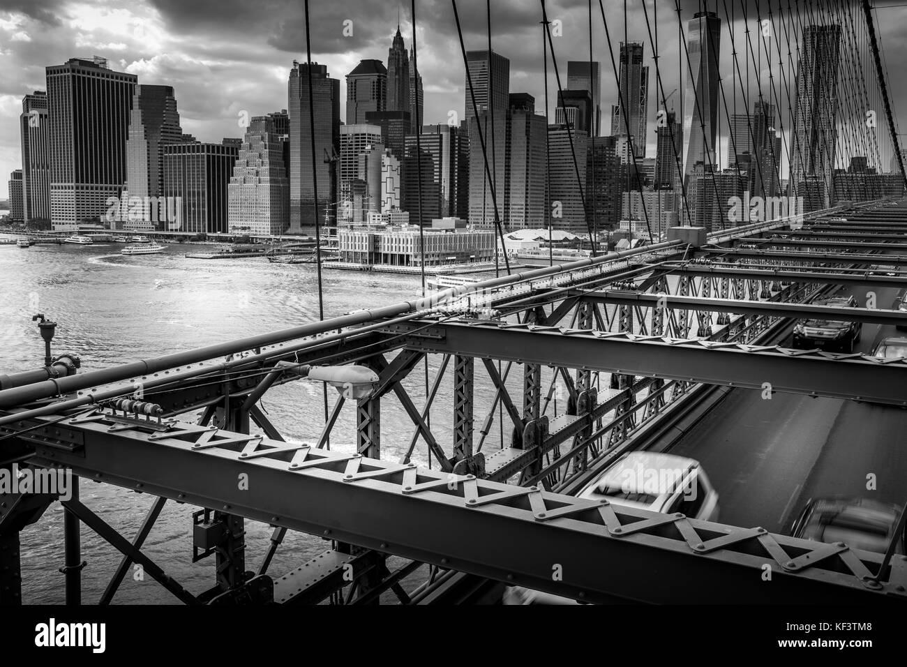 Manhattan viewed from Brooklyn Bridge - Stock Image