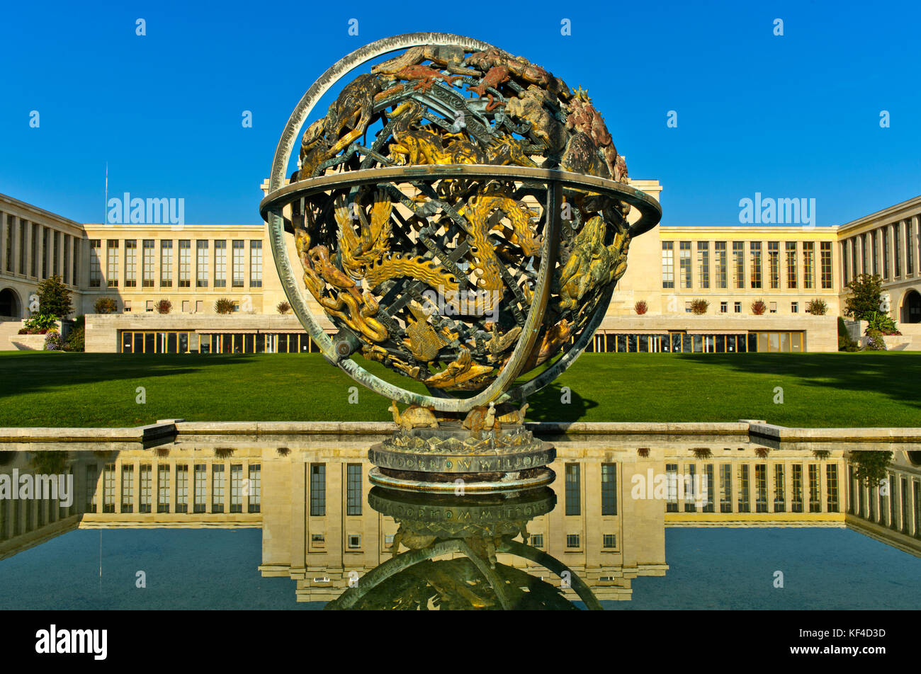 Celestial Sphere Woodrow Wilson Memorial, Palais des Nations, United Nations, Geneva, Switzerland - Stock Image