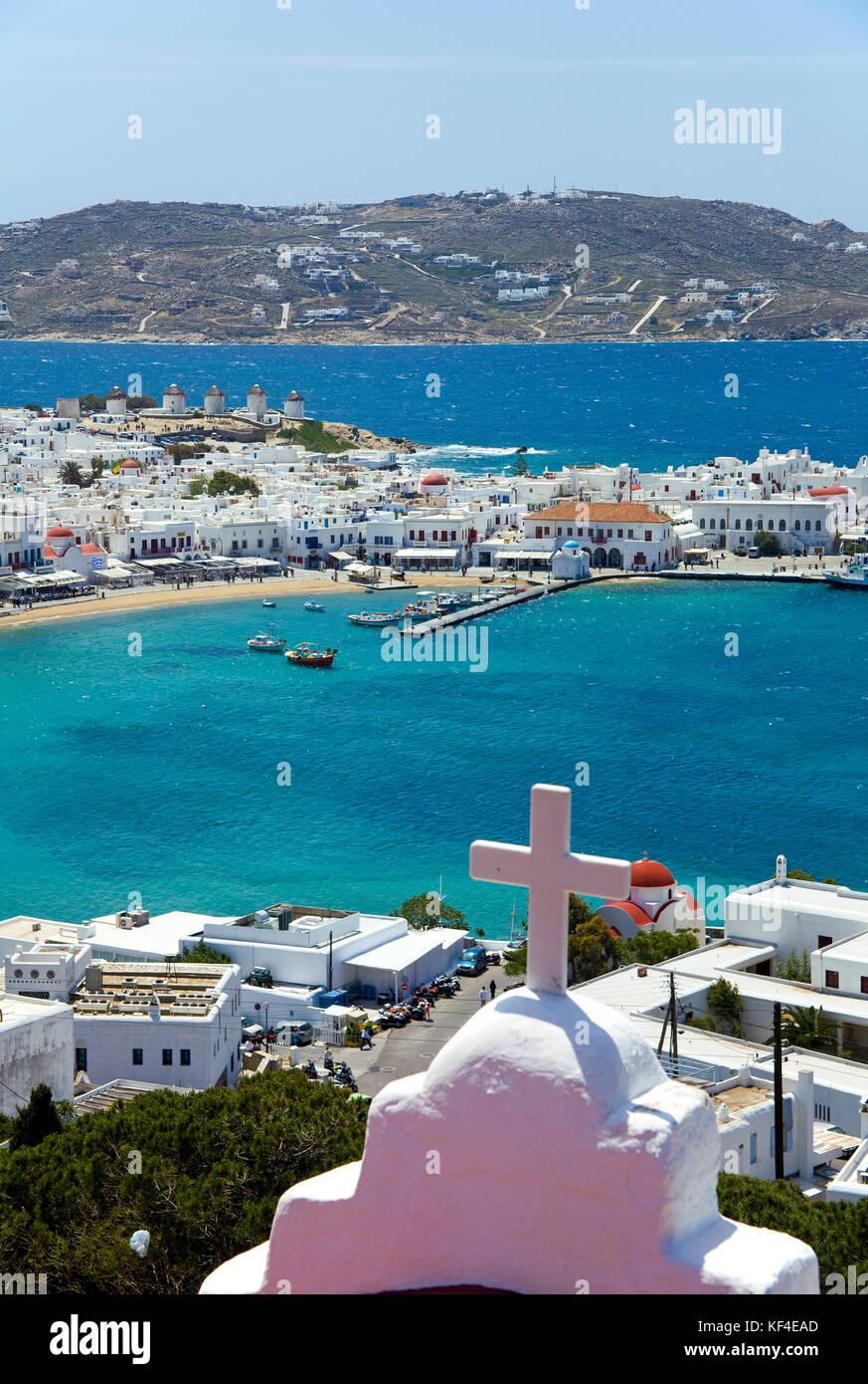 Tiny chapel above Mykonos-town, Mykonos, Cyclades, Aegean, Greece - Stock Image