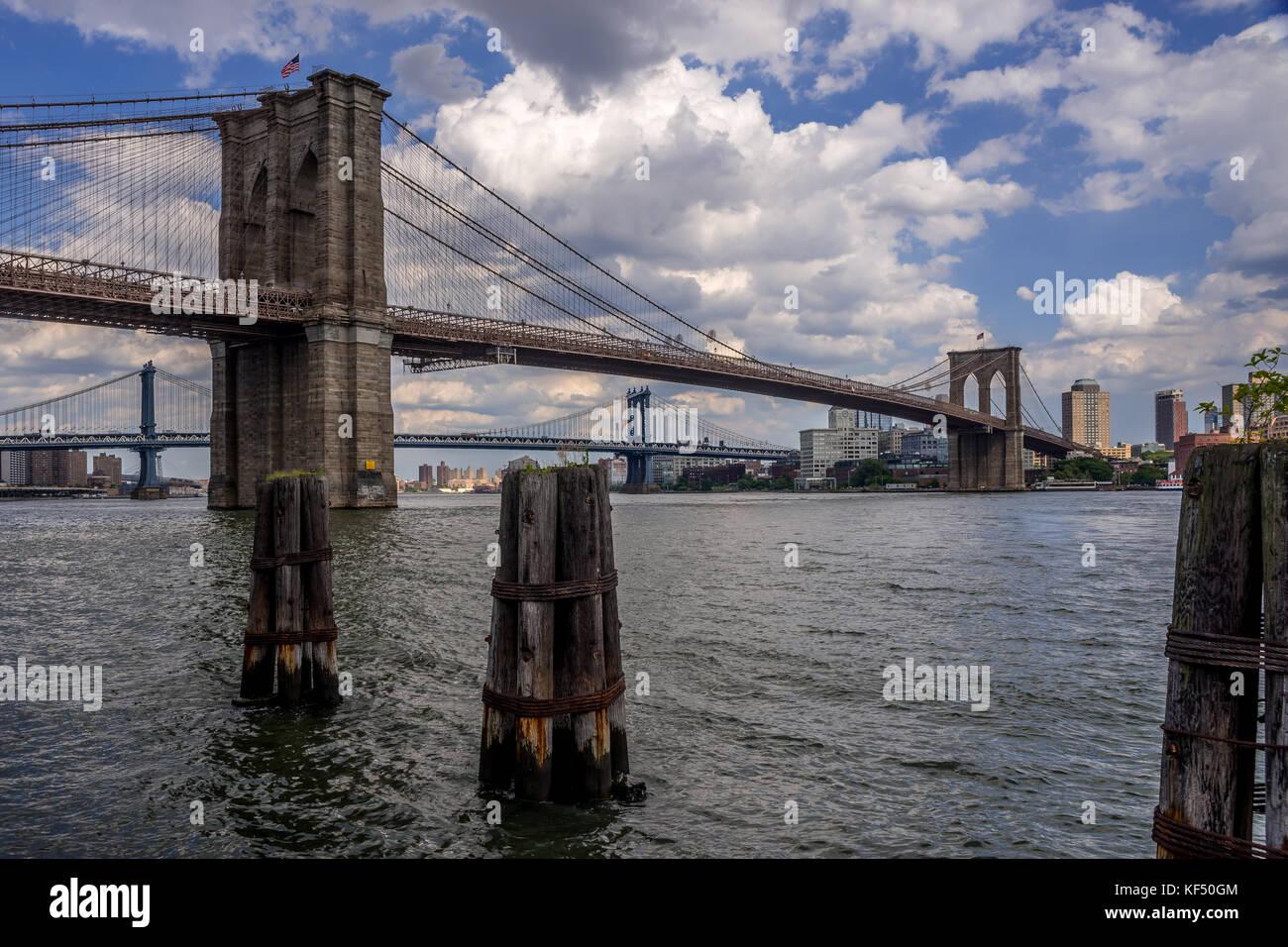 Brooklyn Bridge looking towards Brooklyn - Stock Image