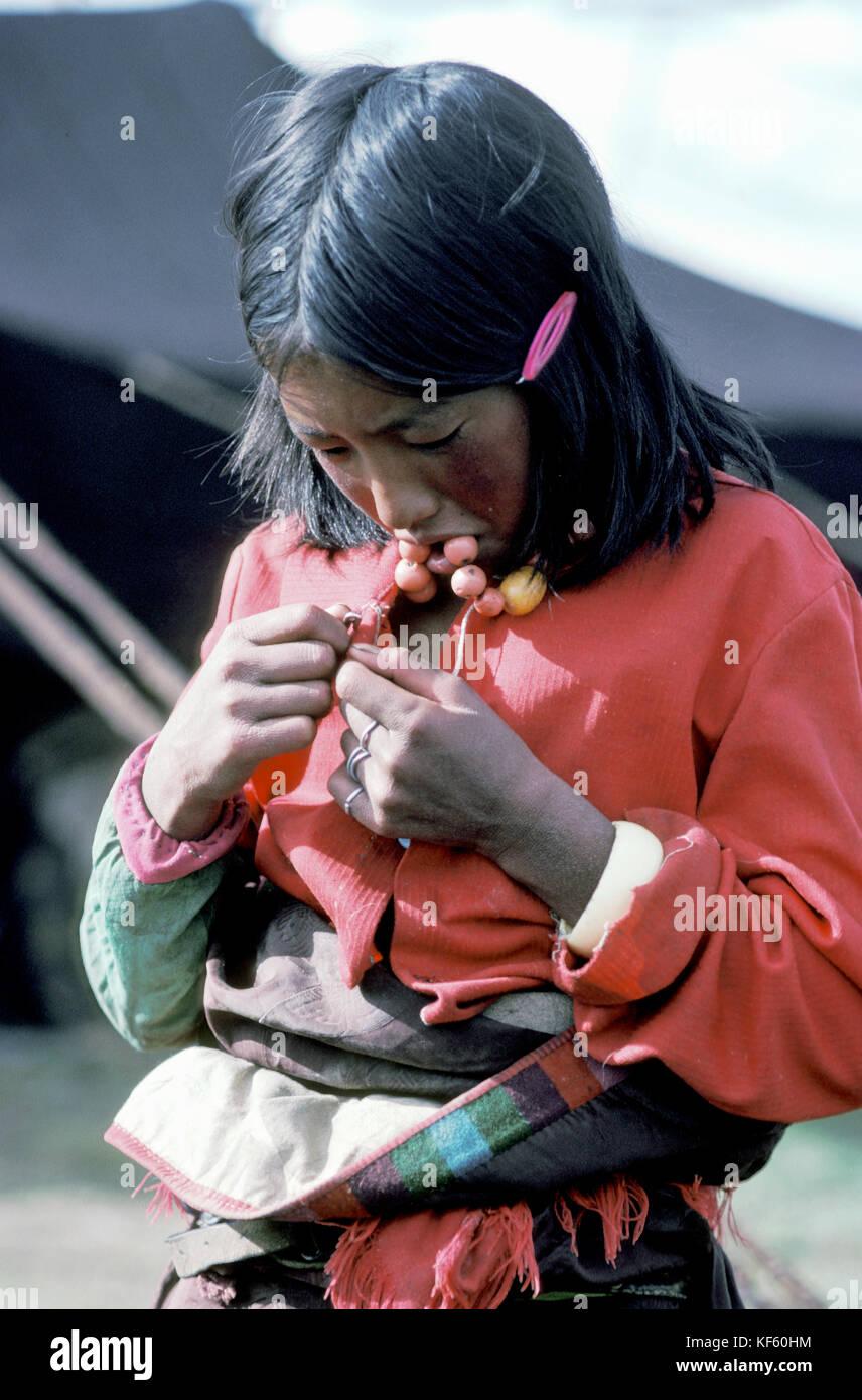 Young Tibetan girl, The Grasslands of Tibet - Stock Image