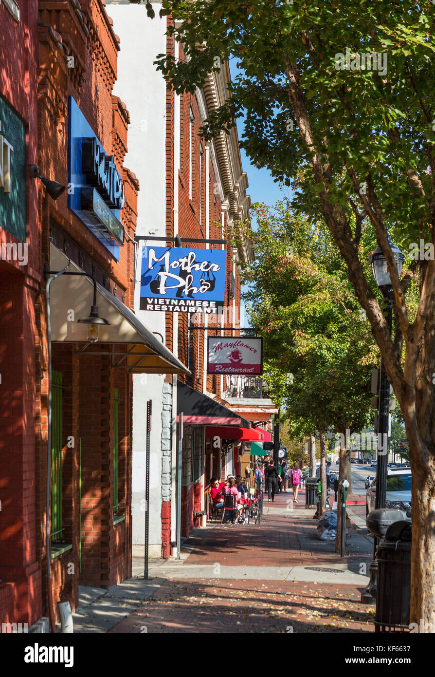 Restaurants on East Broad Street in downtown Athens, Georgia, USA. - Stock Image