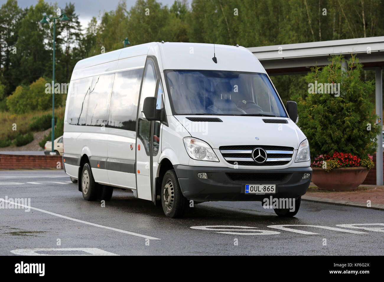 mercedes sprinter van stock photos mercedes sprinter van stock images alamy. Black Bedroom Furniture Sets. Home Design Ideas