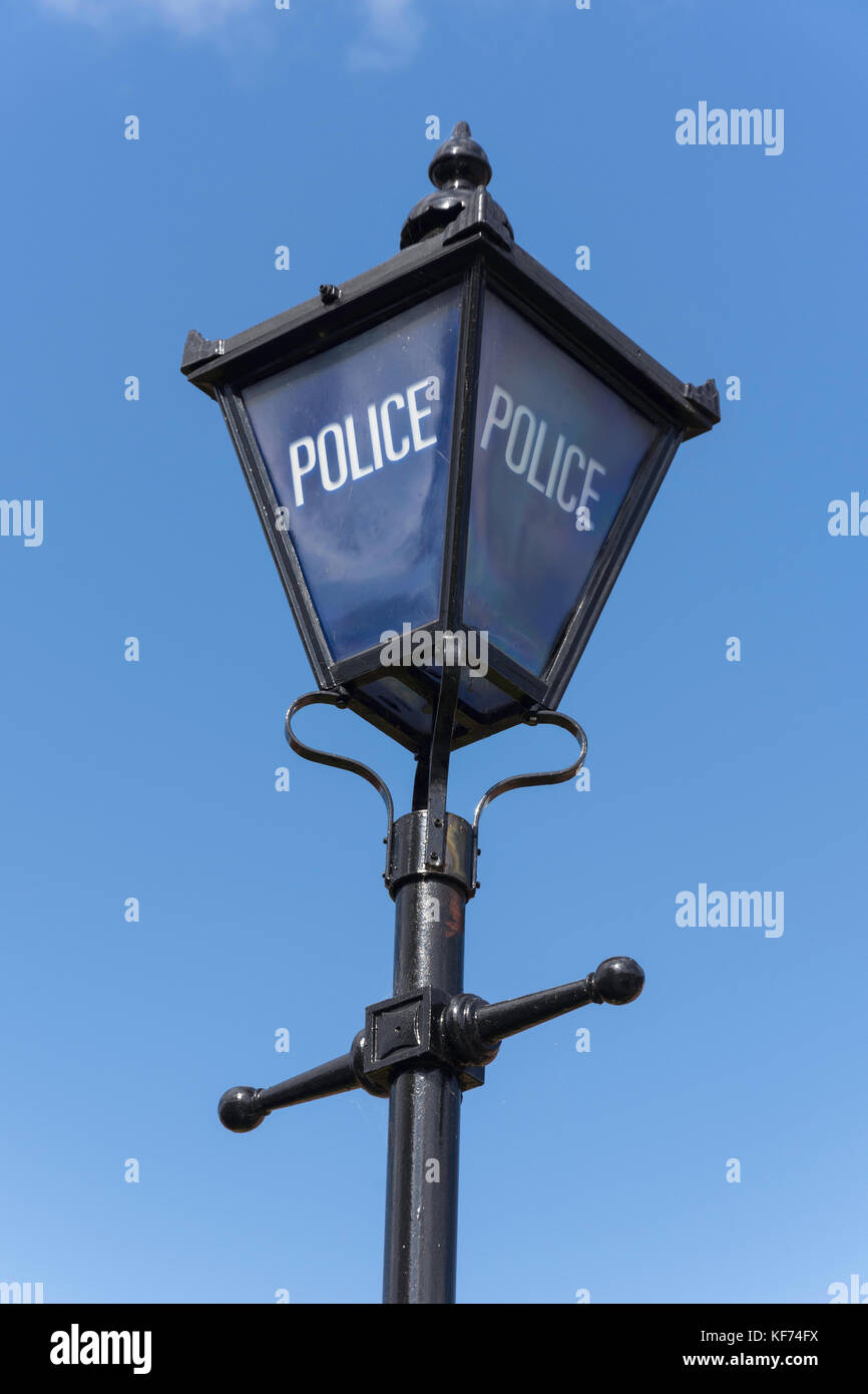 Vintage police station lamp outside Stratford-upon-Avon Police Station, Stratford-upon-Avon, Warwickshire, England, - Stock Image