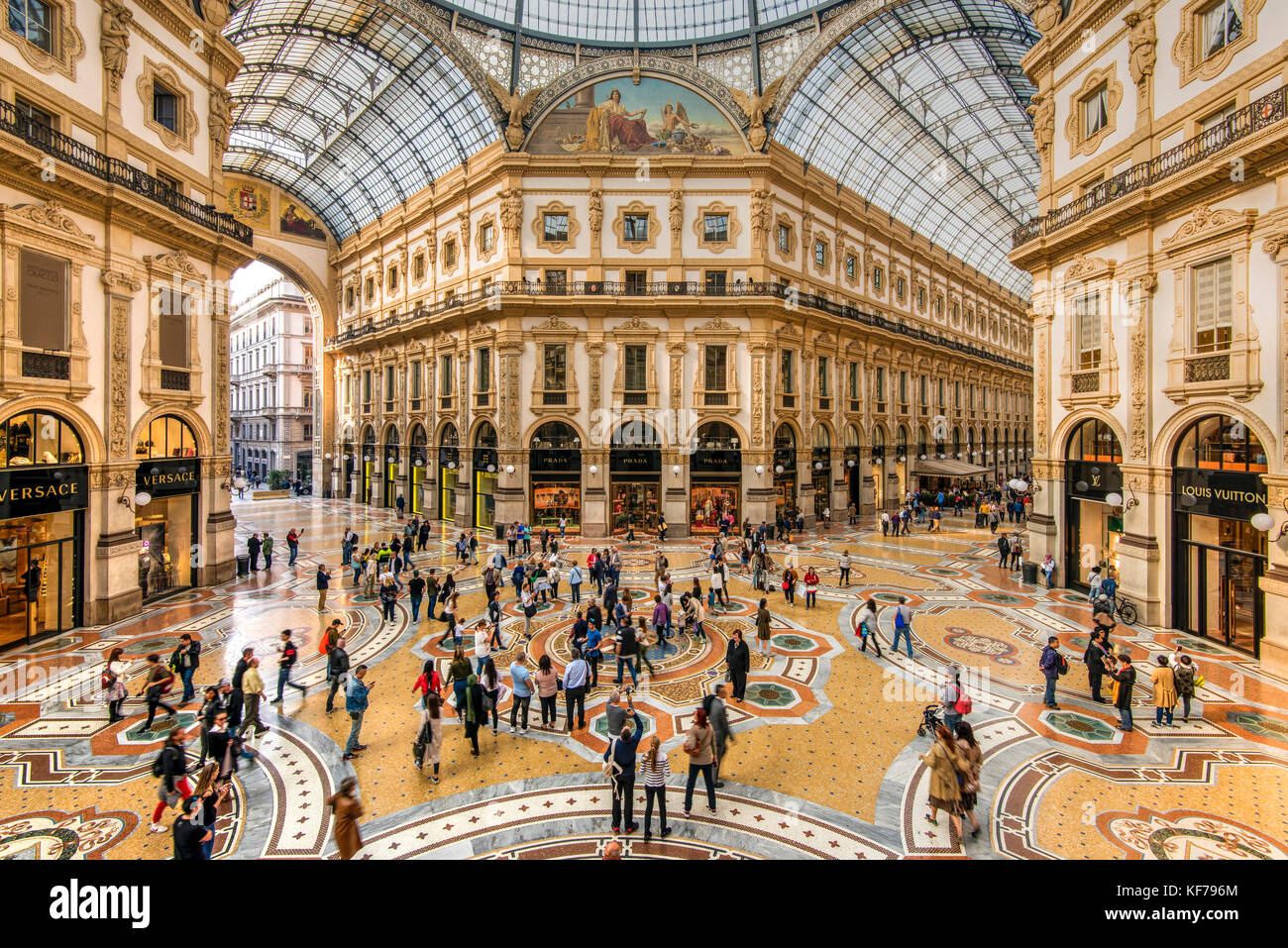 Galleria Vittorio Emanuele II shopping mall, Milan, Lombardy, Italy - Stock Image