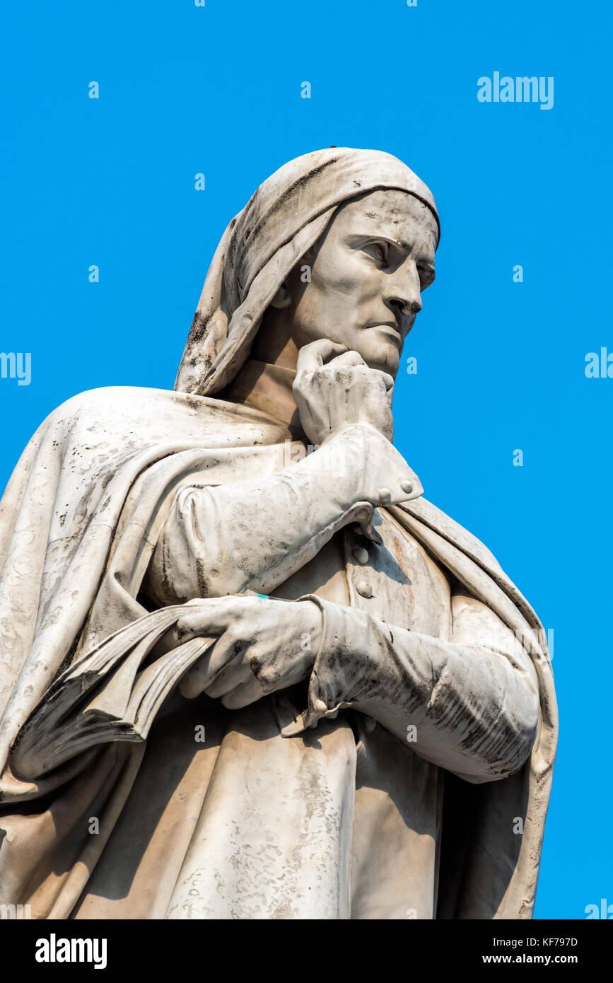 Statue of Dante Alighieri, the major Italian poet in Piazza dei Signori square, Verona, Veneto, Italy Stock Photo
