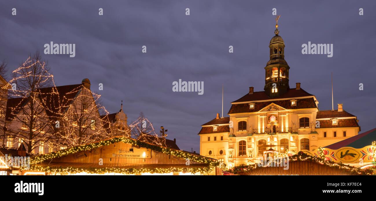 Christmas market and town hall, Lüneburg, Lower saxony, Germany, Europe, Stock Photo