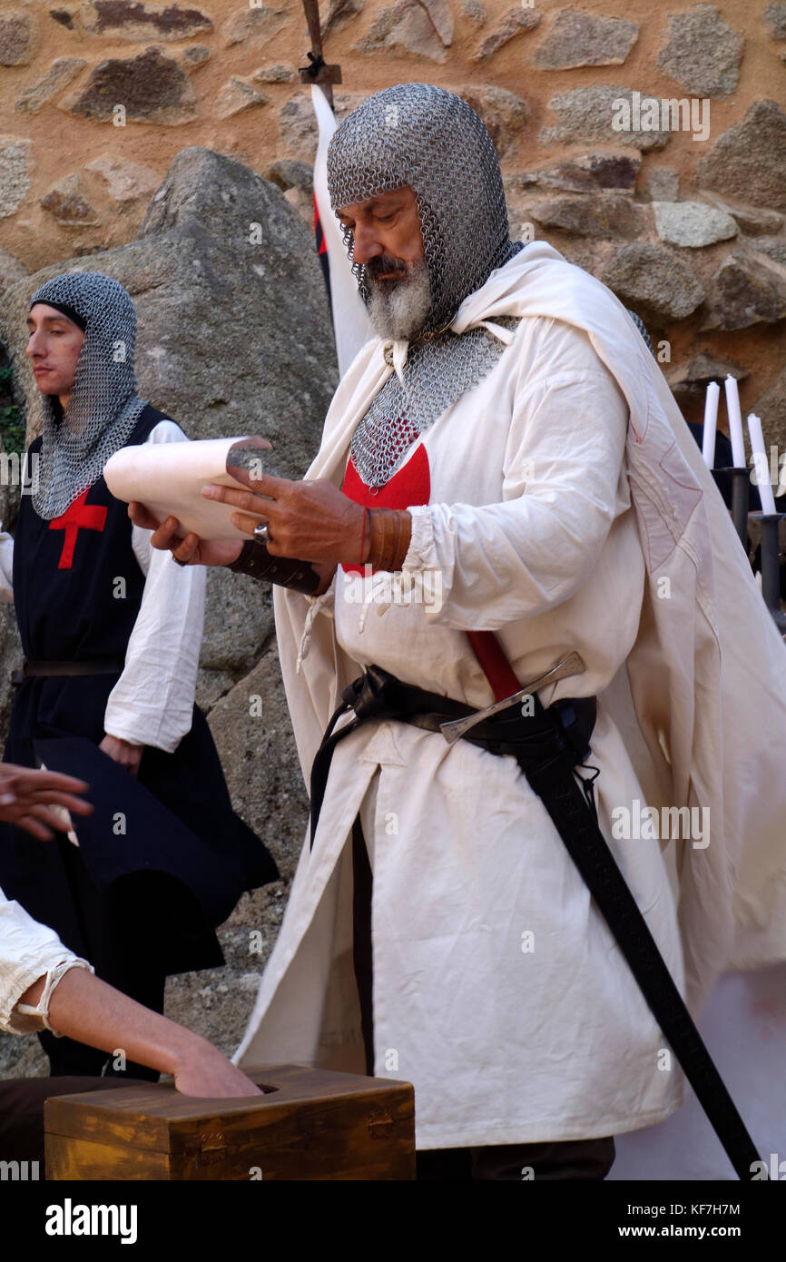 Theatrical performance reproducing the ceremony of initiation of Templar Crusader in the castle of Almourol in Portugal. - Stock Image