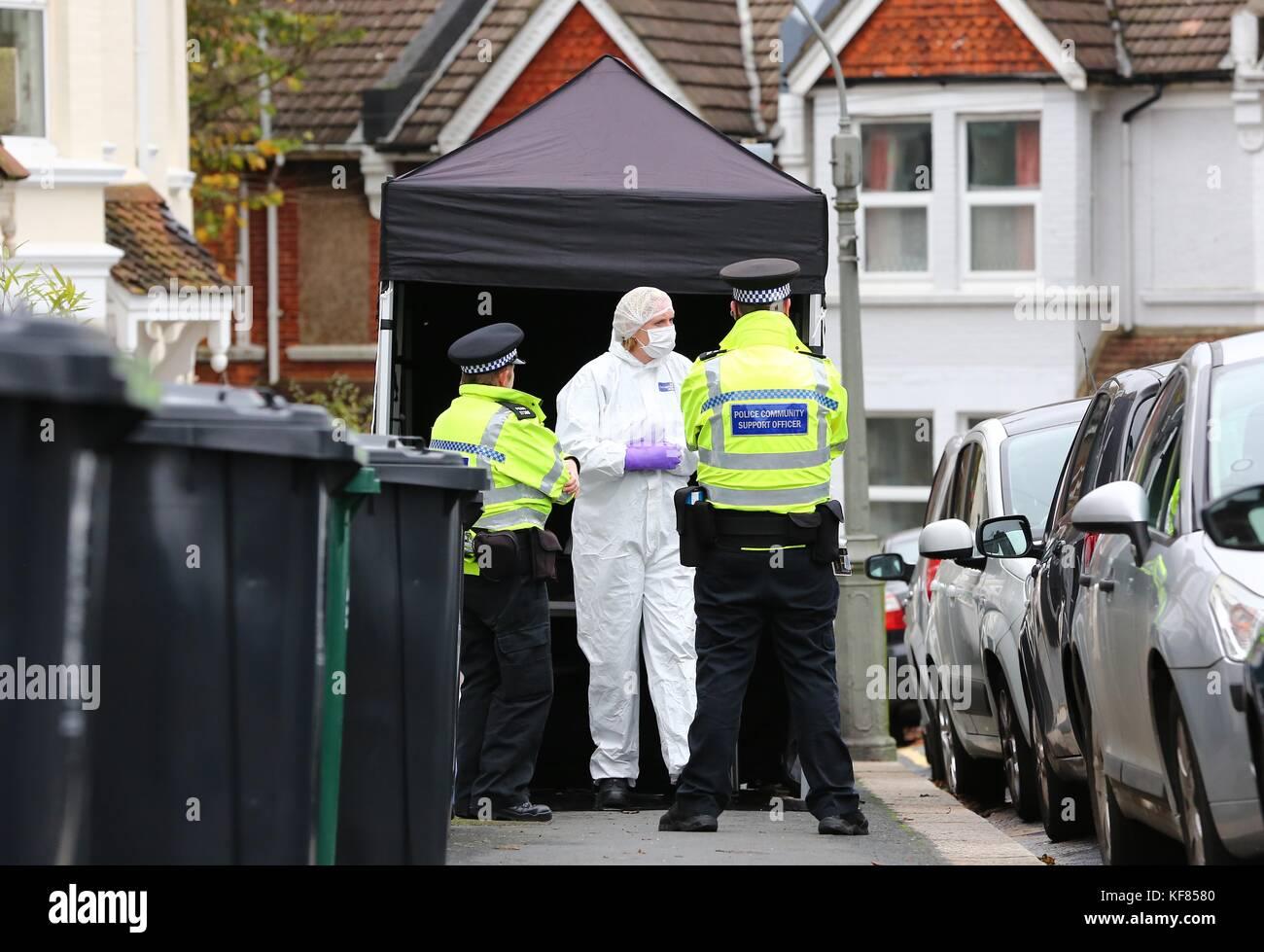 Brighton, UK. 26th October, 2017. Police Scene of Crime Officer enter 8 Sandgate Road, Brighton where Jillian Howell - Stock Image