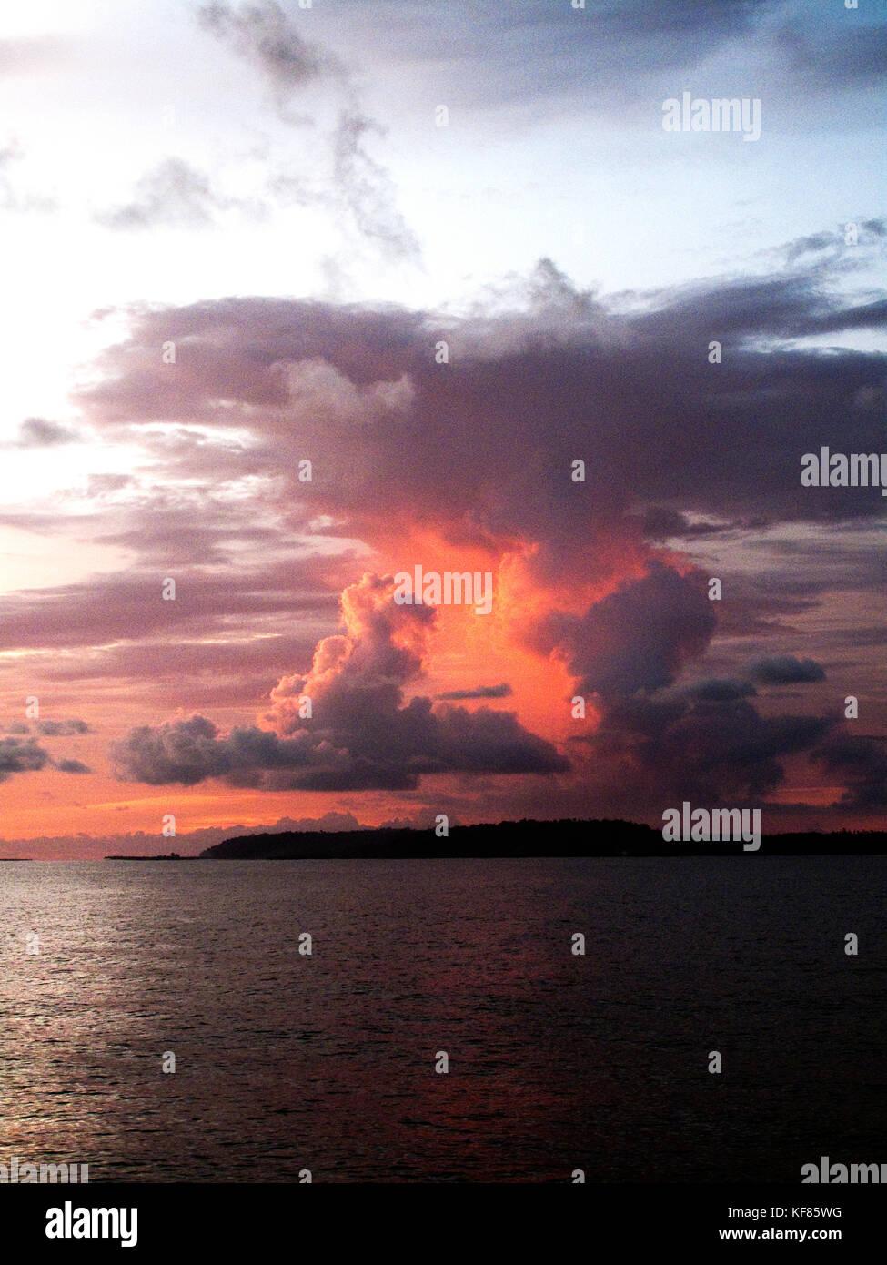 INDONESIA, Mentawai Islands, Indian Ocean at dusk - Stock Image
