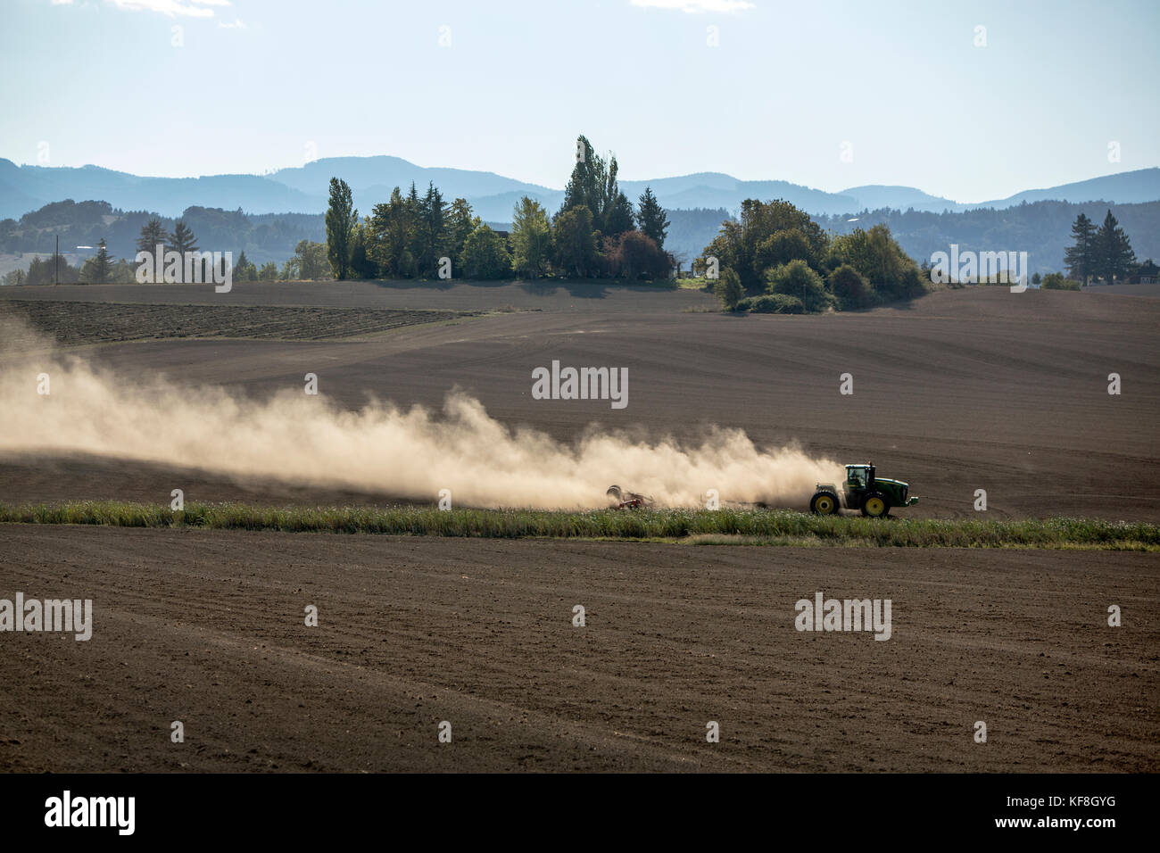 USA, Oregon, Willamette Valley, a farmer prepars a field for planting, Yamhill - Stock Image