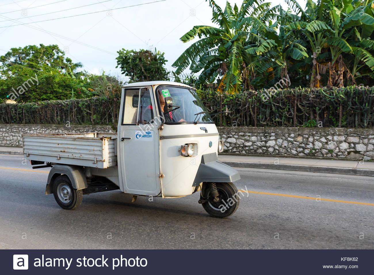 Tacataca Cuba Correos transportation, Santa Clara, Cuba - Stock Image