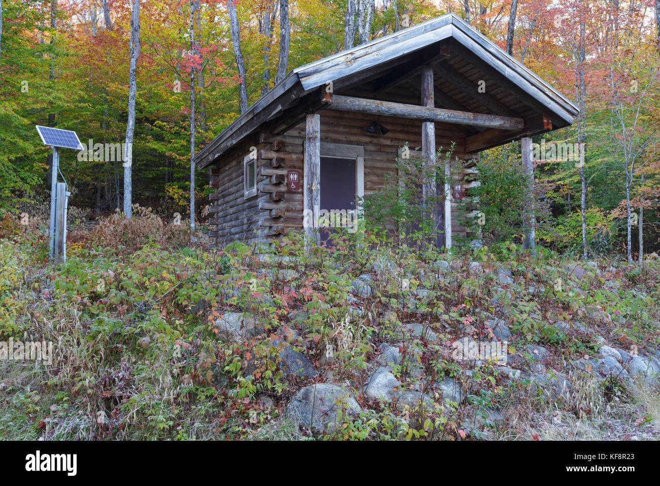 Log Cabin Bathrooms At The Discover Trail Trailhead Along Stock Photo Alamy