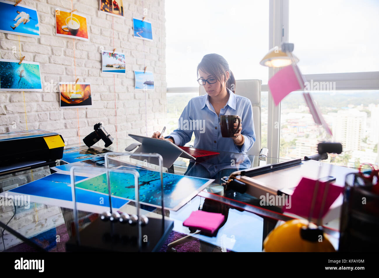 Beautiful Latina Girl Working As Photographer For Image Production - Stock Image