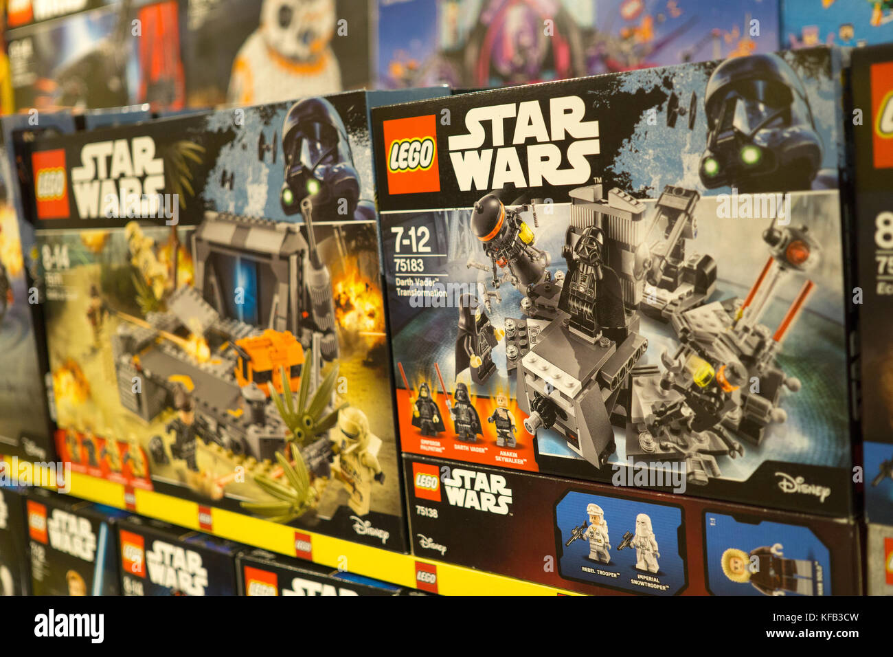 Star Wars Toys on sale within a Toys 'R' Us store,Cebu City,Philippines - Stock Image