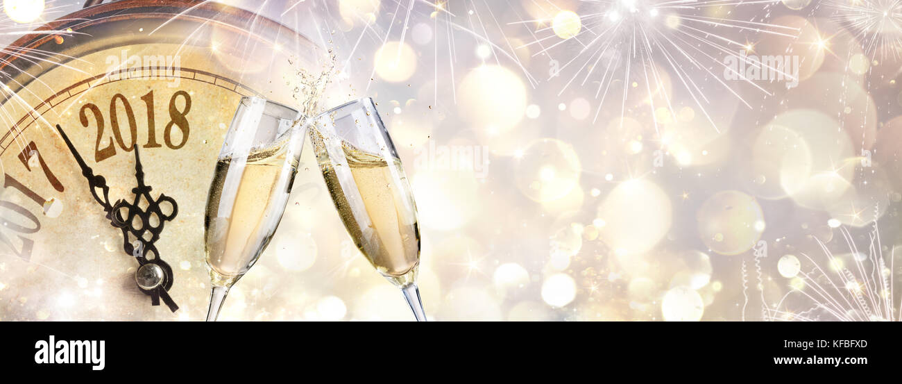 Champagne Toast New Year Stock Photos & Champagne Toast New Year ...