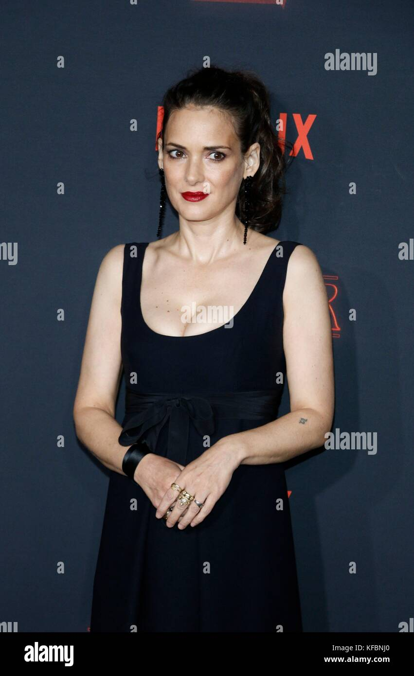 Los Angeles, CA, USA. 26th Oct, 2017. Winona Ryder at arrivals for NETFLIX'S STRANGER THINGS 2 Premiere, Regency - Stock Image