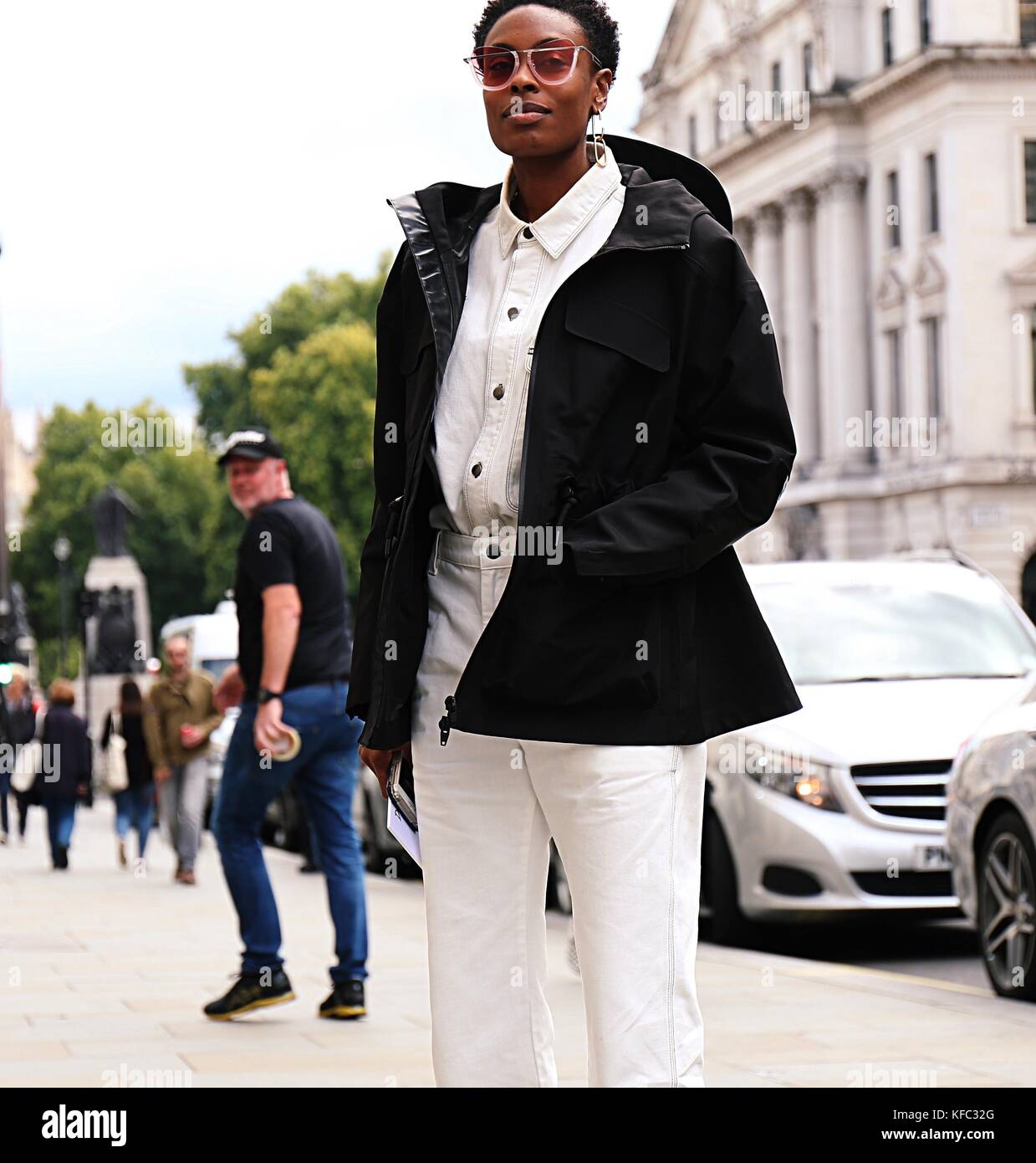Streetstyle London Stock Photos & Streetstyle London Stock ...