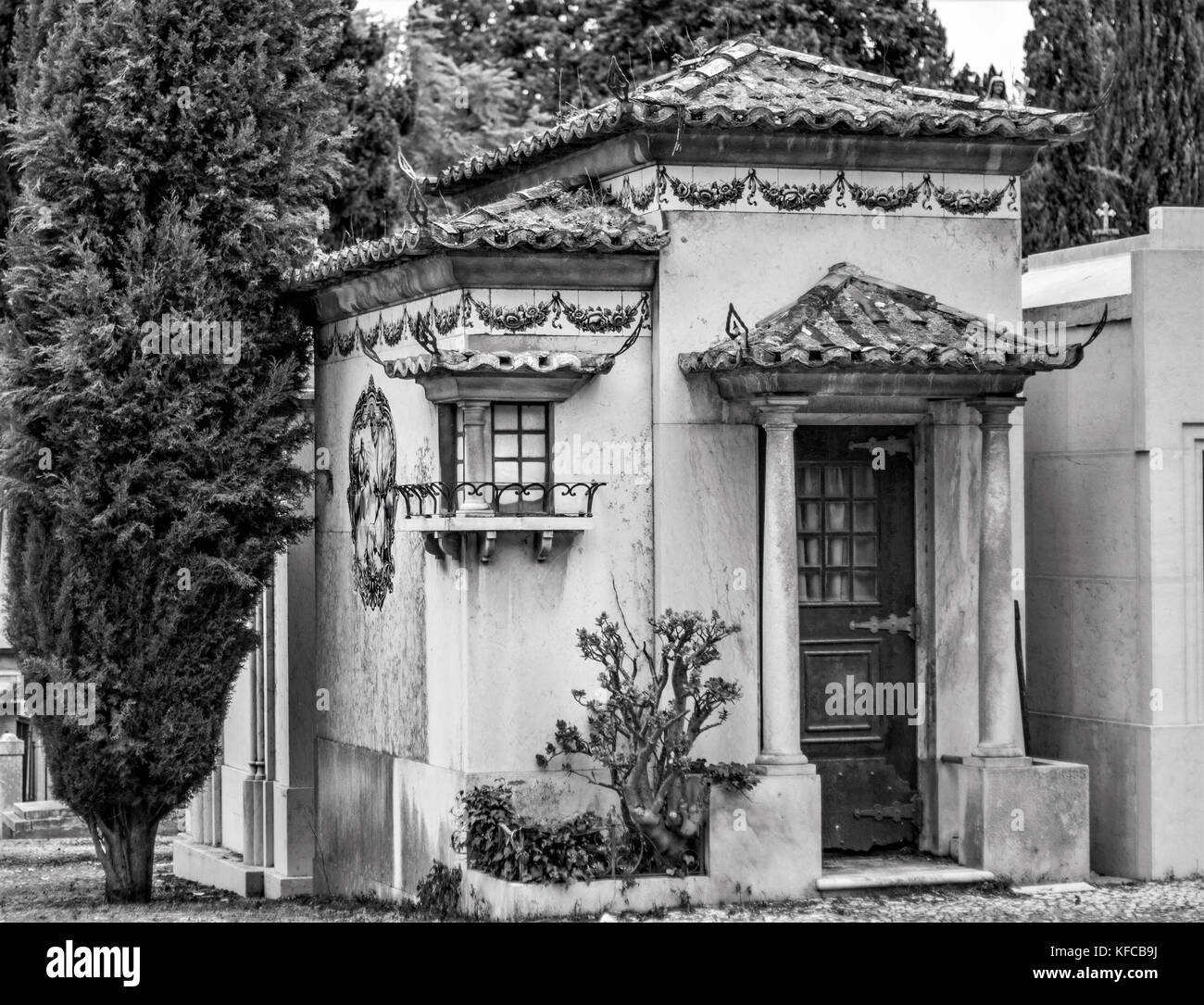 Tombs and tombstones in Prazeres Cemetery, Lisbon, Portugal. Prazeres is a former civil parish (freguesia) in the - Stock Image