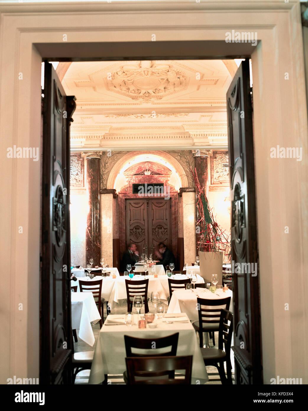 Austria Vienna Interior Of Vestibul Restaurant People Dining In