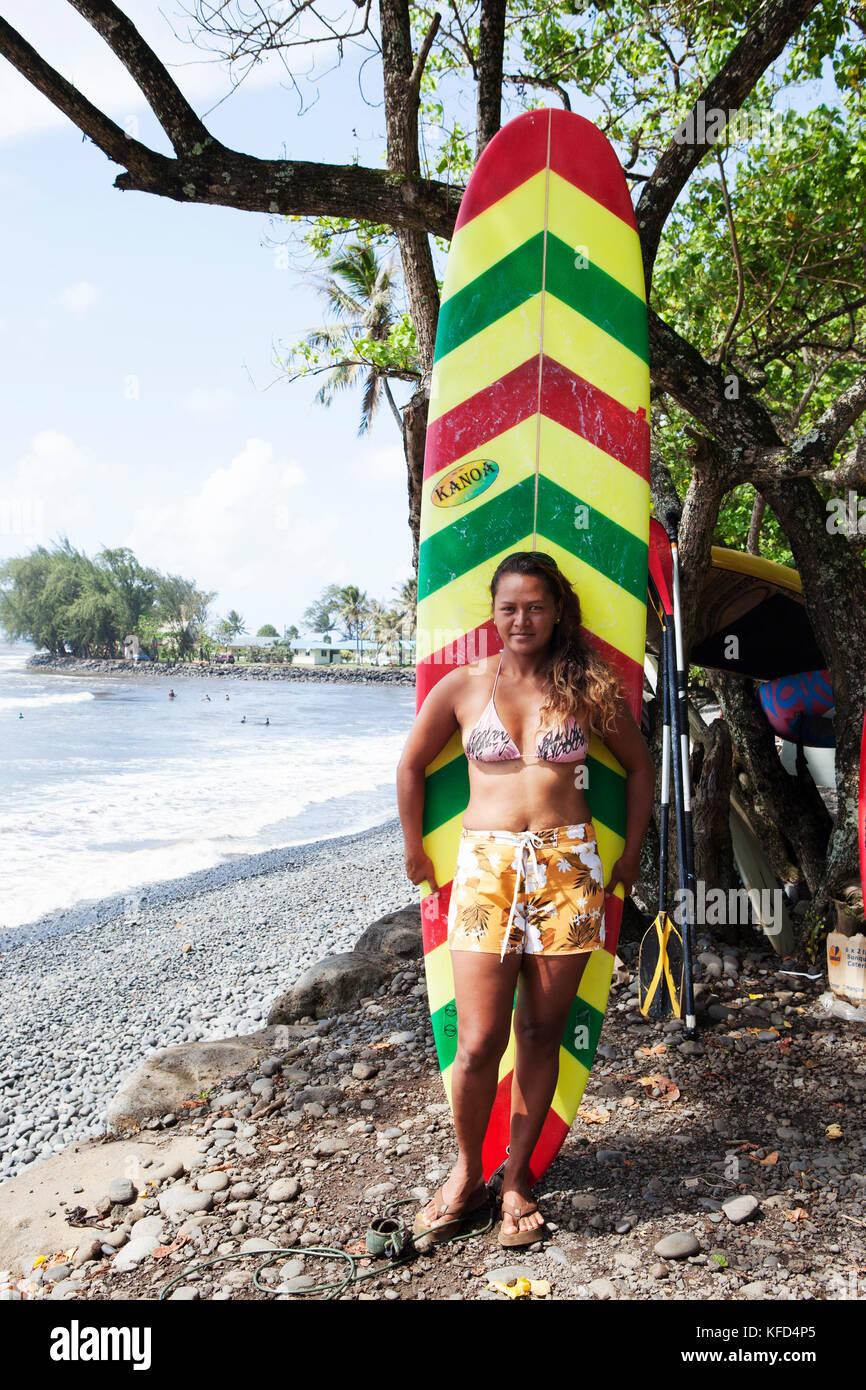 FRENCH POLYNESIA, Tahiti. Moarii Leonie, local surfer at Papenoo Beach. - Stock Image