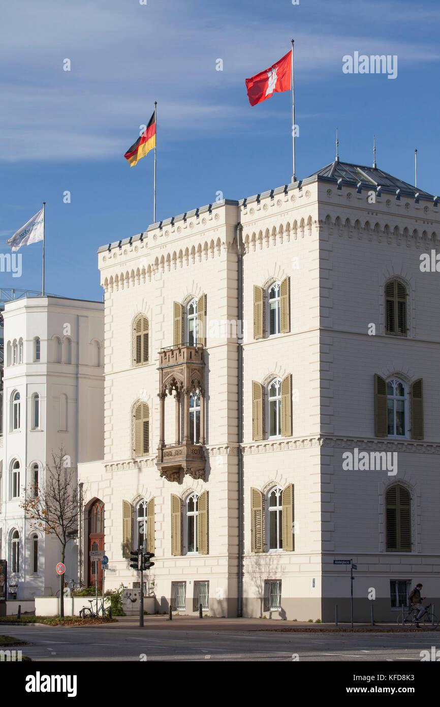 Historisches Gebäude, Alsterglacis, Hamburg, Deutschland, Europa  I Historical House  in Street Alsterglacis, Hamburg Stock Photo