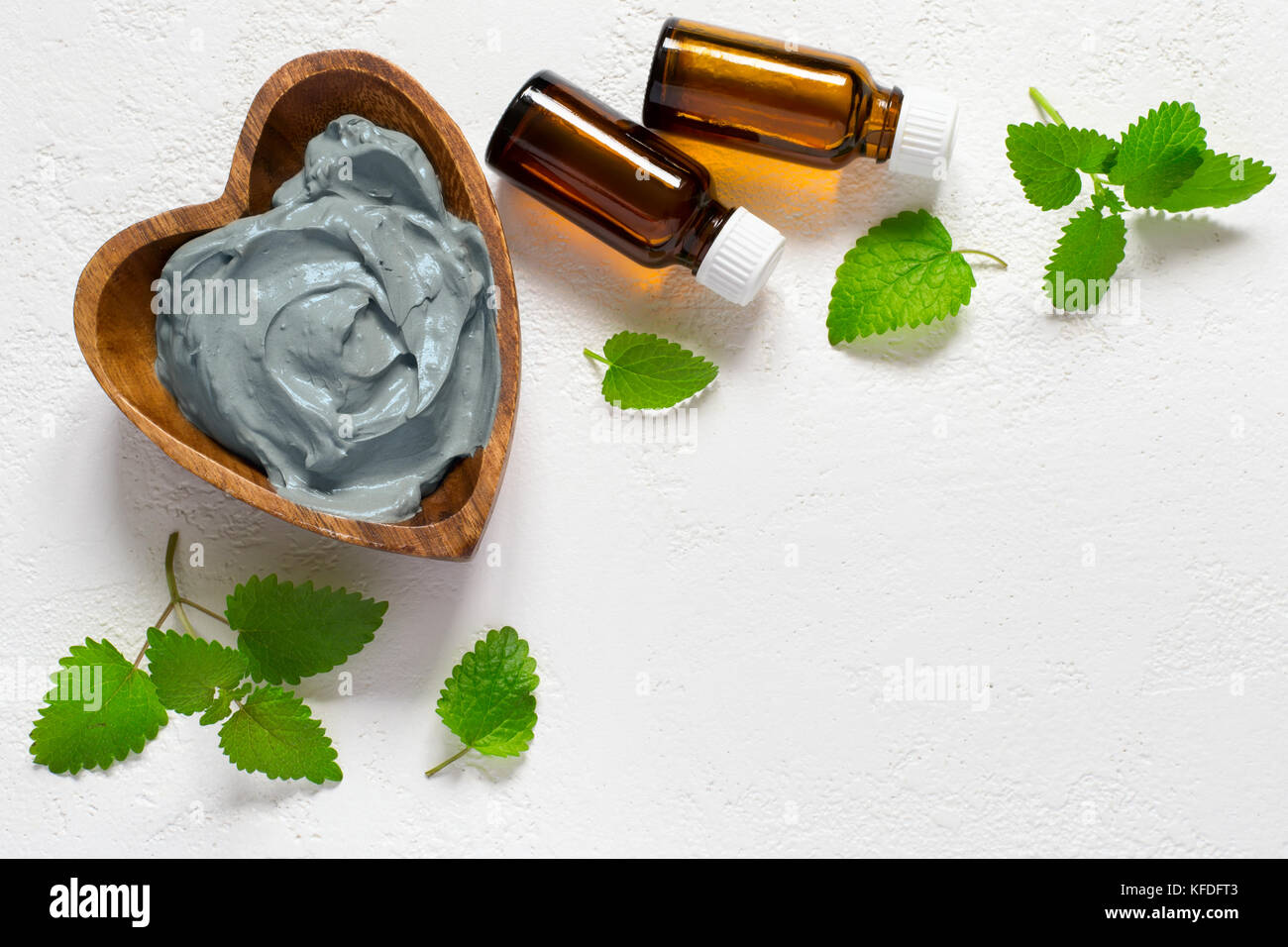 mint leaves for face