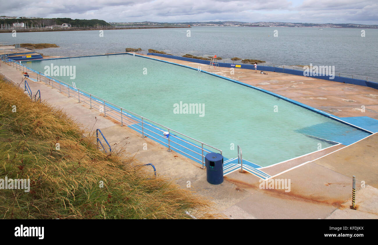outdoor salt water swimming pool at brixham on the south ...