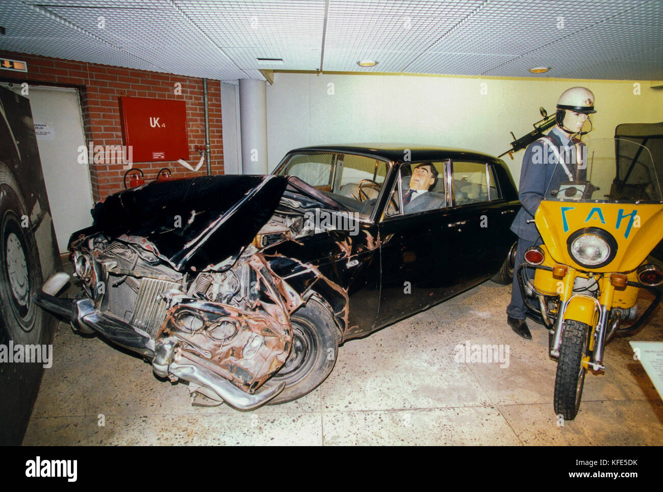 Riga Latvia 2006 The car museum has one of Brezjnev´s crashed limousines - Stock Image