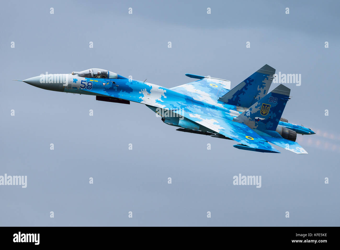 A Ukrainian Air Force Sukhoi Su-27 'Flanker' fighter jet at an airshow in Fairford, United Kingdom. - Stock Image