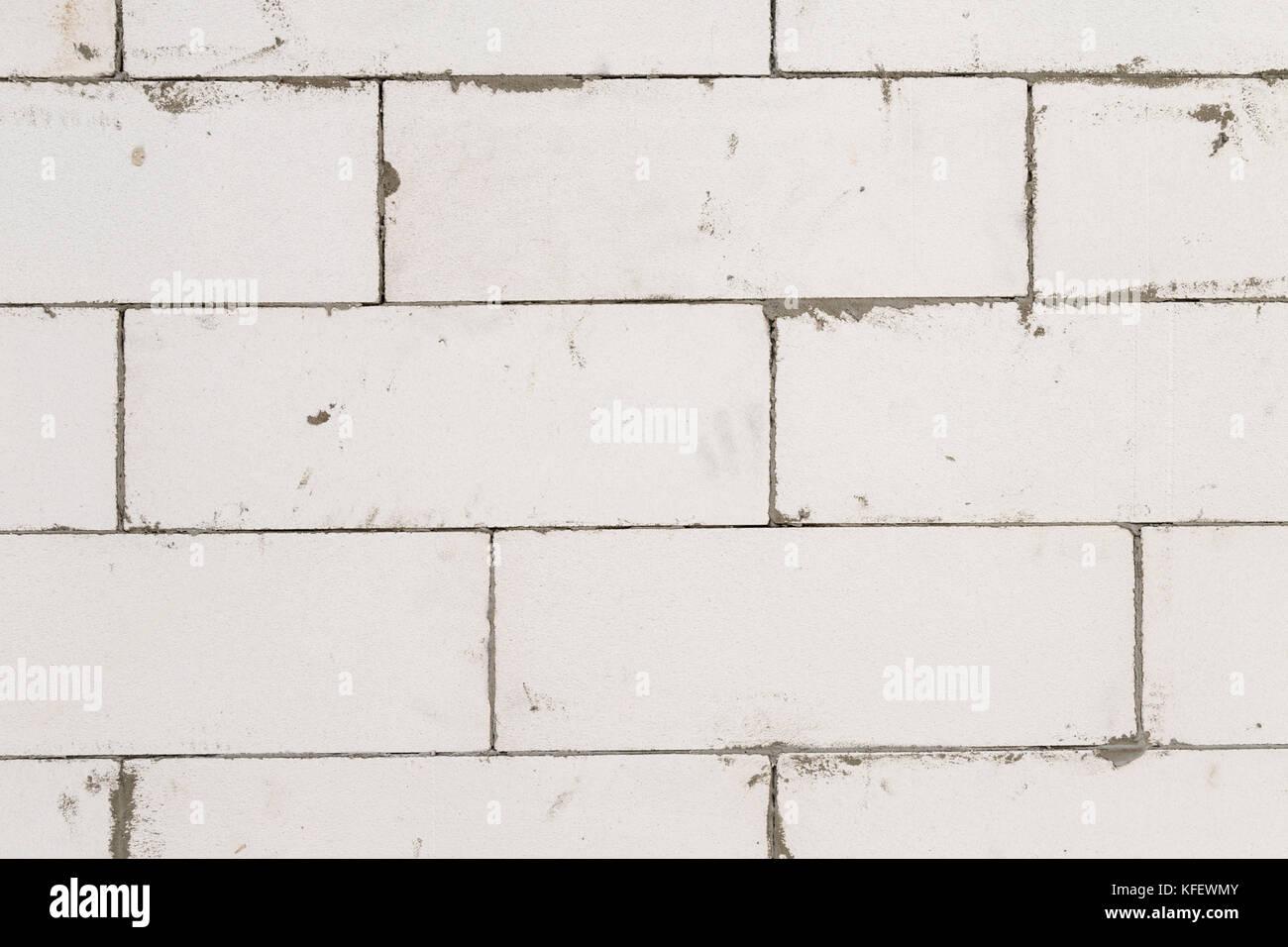 Masonry walls of aerated concrete 47