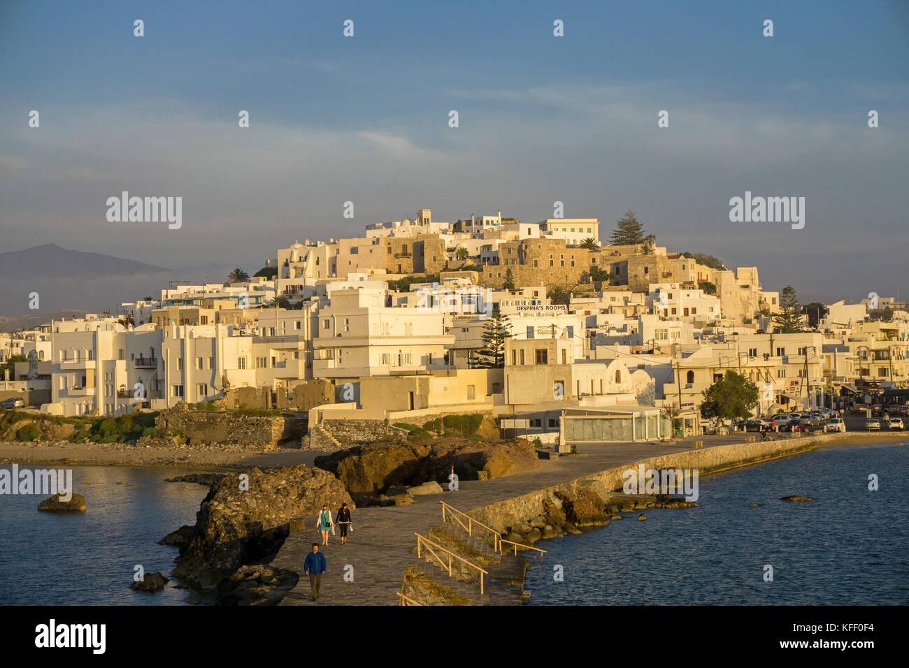 Naxos-Stadt im Abendlicht, Naxos, Kykladen, Aegaeis, Griechenland, Mittelmeer, Europa | Naxos-town, soft evening - Stock Image