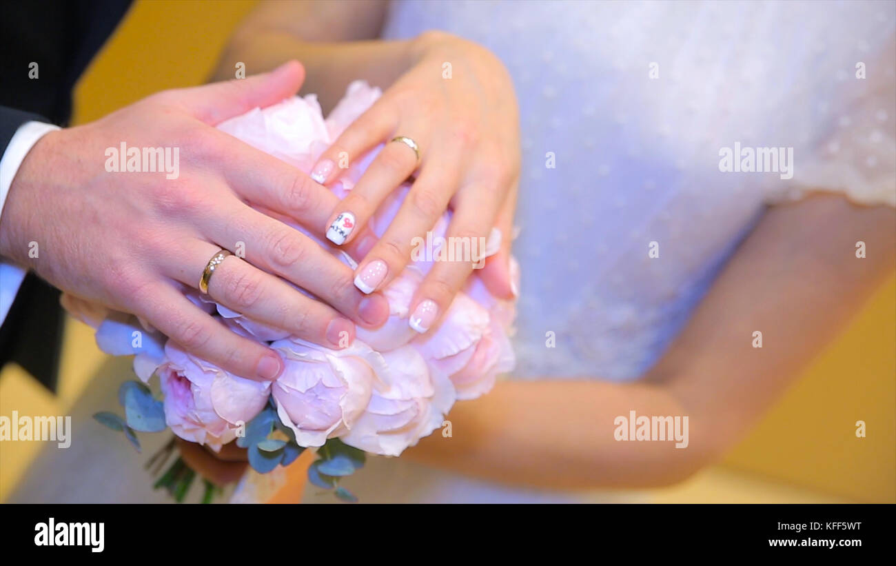 Wedding Rings On Couples Hands Stock Photos & Wedding Rings On ...